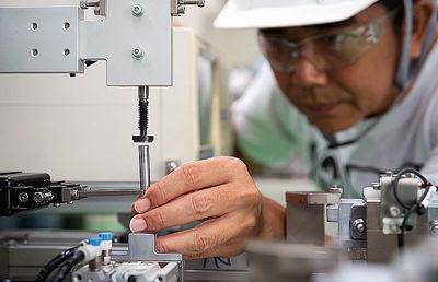 事業承継に必要な許認可手続き4|外国人雇用編