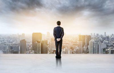 【希望退職募集】上場企業で今年すでに7社、前年超えは必至?