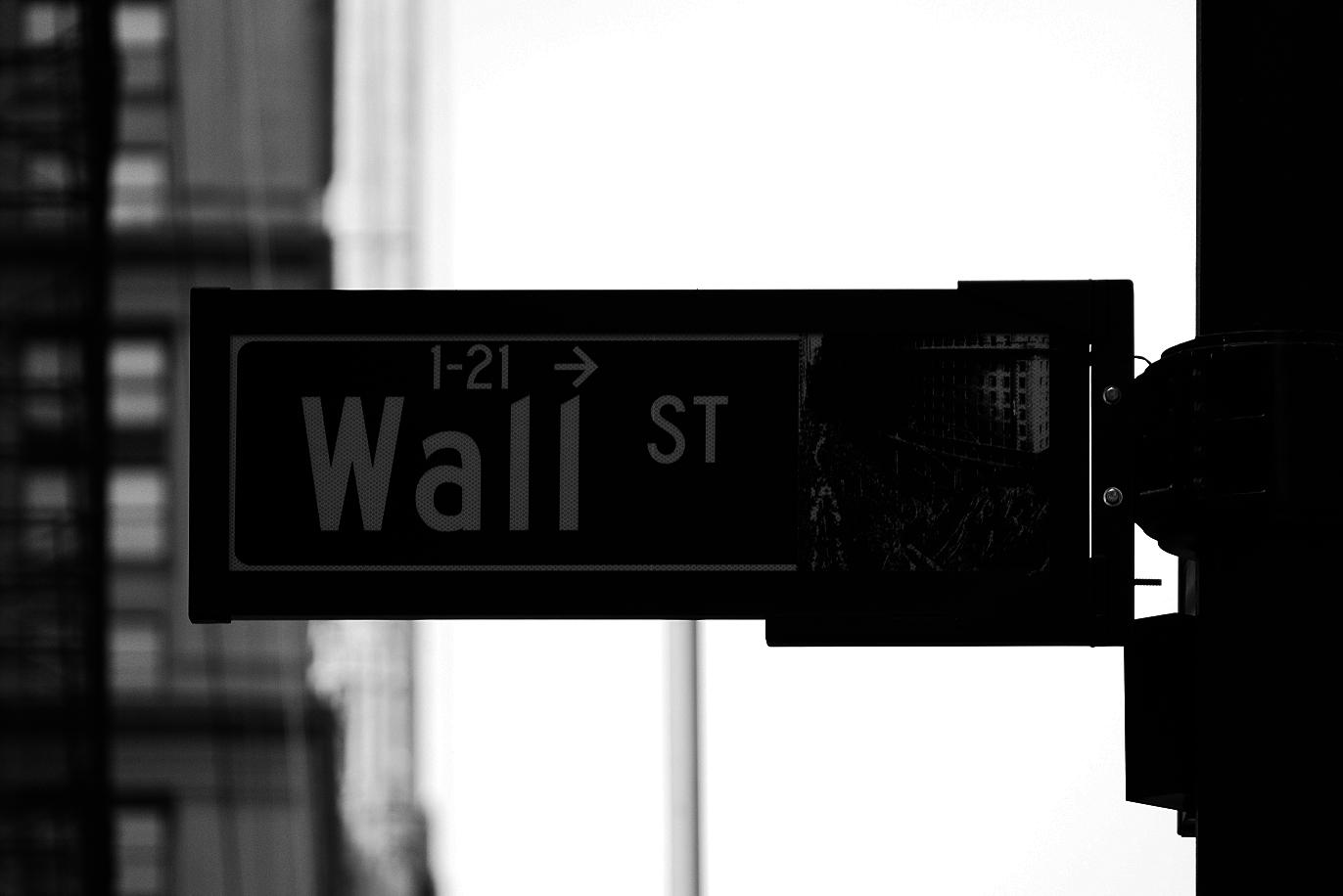 Stock(株式)の語源は?|金融・経済の英単語
