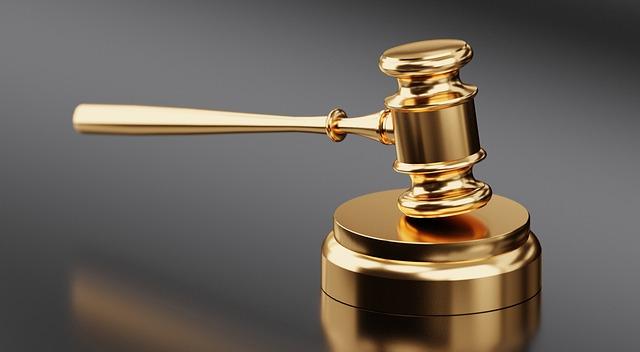 【税務】東京地裁、組織再編に伴うグループ借入に係る支払利子の損金算入が争われた事案において、納税者勝訴の判決