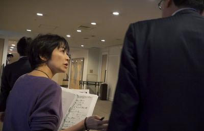 映画「i―新聞記者ドキュメントー」-スター記者の「闘い」を追う