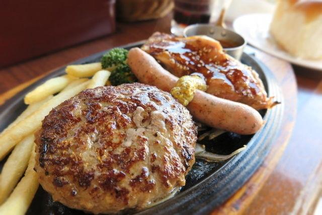 ファミレスの「ロイヤル」が最高額 外食業界の2019年のM&A