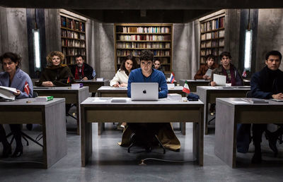 「9人の翻訳家 囚われたベストセラー」-翻訳を巡るミステリー