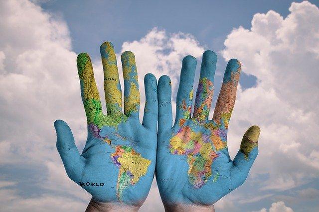 グローバル企業の「カーブアウト」で見落としがちな人事基盤・人事システム