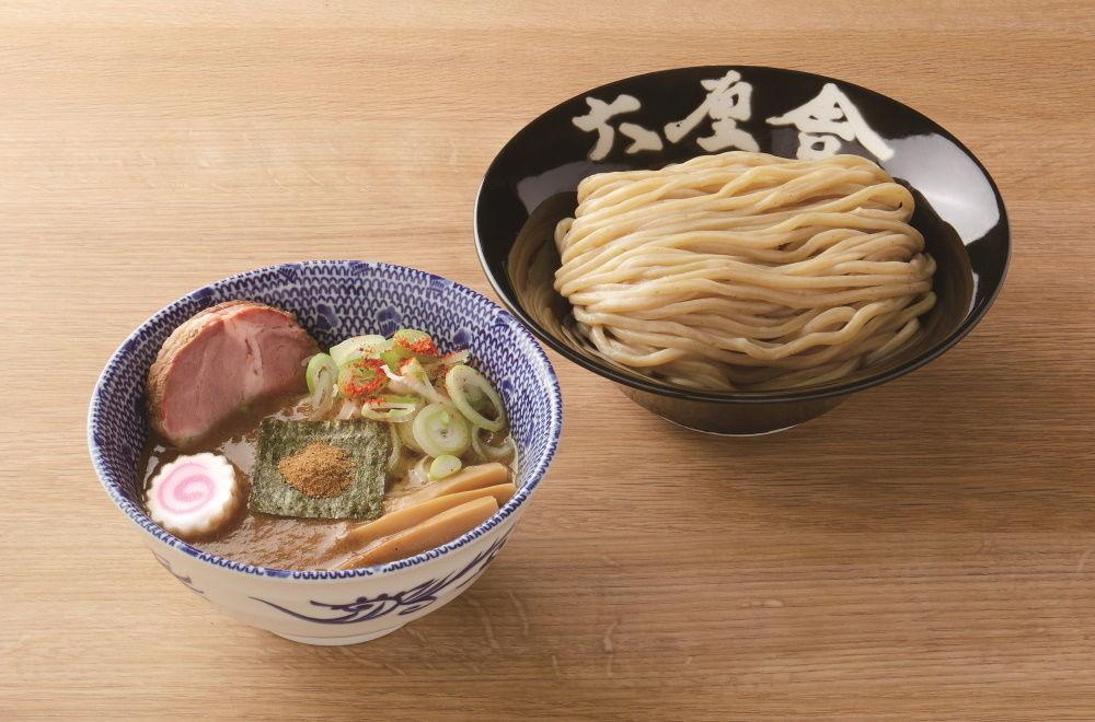 つけ麺店「六厘舎」の松富士などが買えるラーメン店を紹介