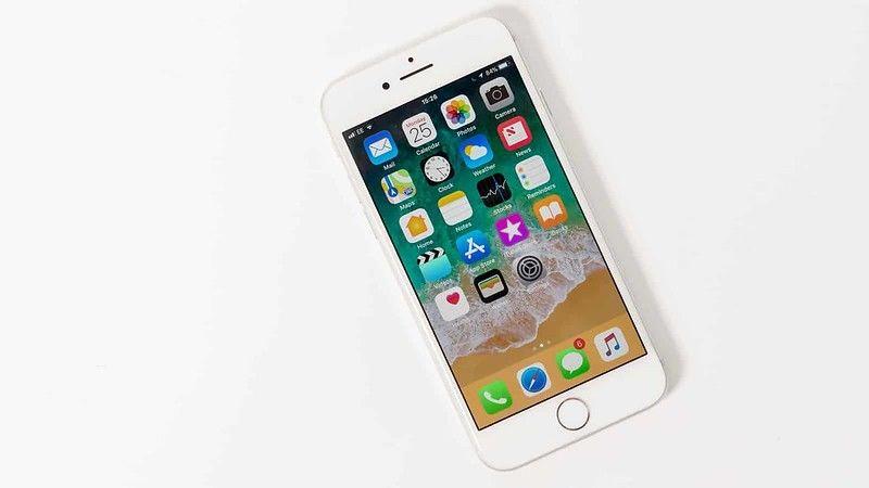 「iPhoneSE2」の破格の値付けは「12」値上げの前兆か