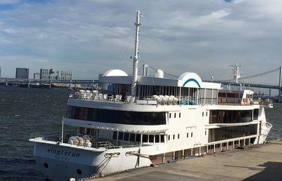 東海汽船がレストラン船・東京ヴァンテアンクルーズの運行を停止