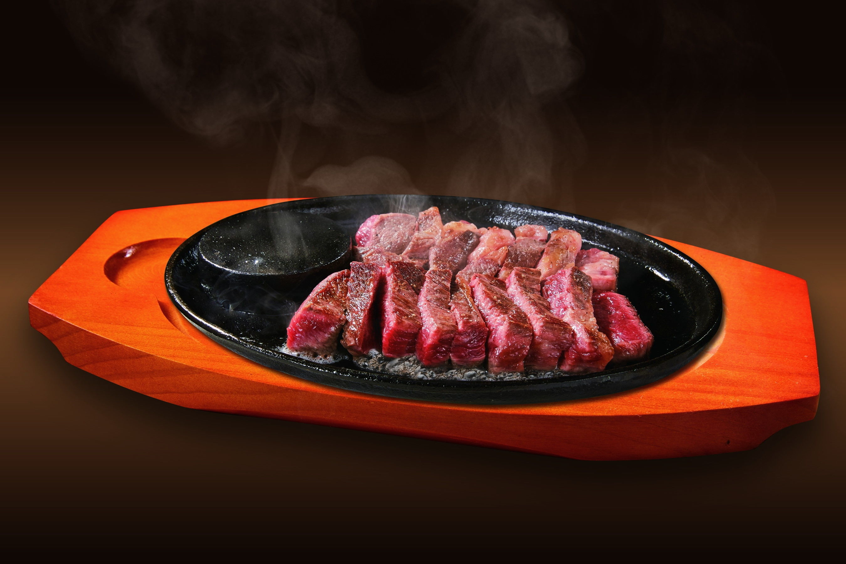 追い詰められた安楽亭 傘下に入った「ステーキのどん」「フォルクス」の動きは