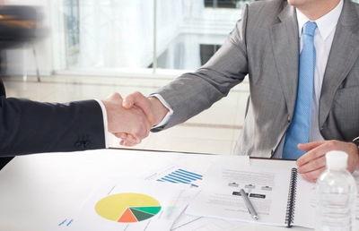 上場企業による子会社・事業売却が過去最多に 金額非公表が初の半数超え