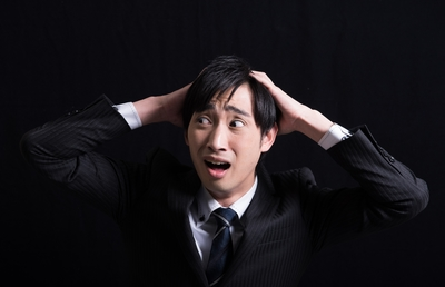 【キャリア危機への処方箋(1)】M&Aで社内は大混乱。賢いビジネスパーソンは転職すべき?