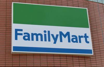 【ファミリーマート】今は伊藤忠傘下だが、かつての親会社ってどこ?