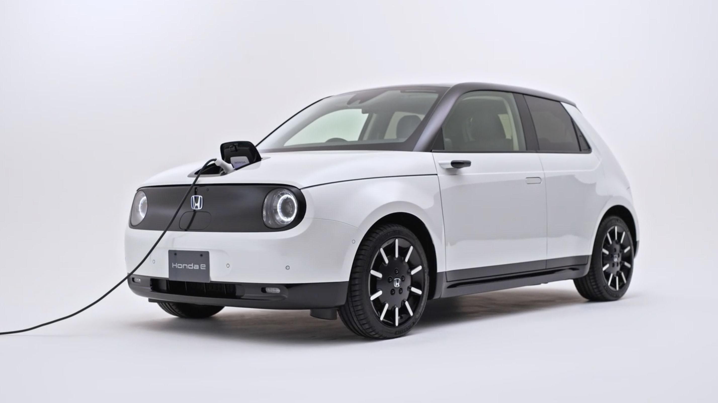 ホンダが満を持して投入したEV「Honda e」が残念な理由