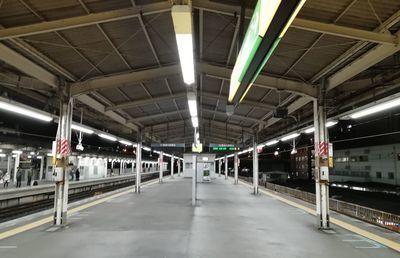 JR東日本の終電繰り上げで「夜の街」はコロナとのダブルパンチ