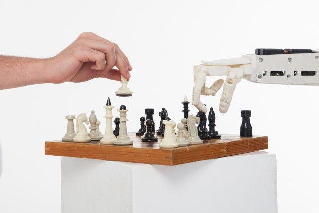 そばを作り、商品を宅配するロボット「JR東日本」「パナソニック」がコロナ禍で開発を加速