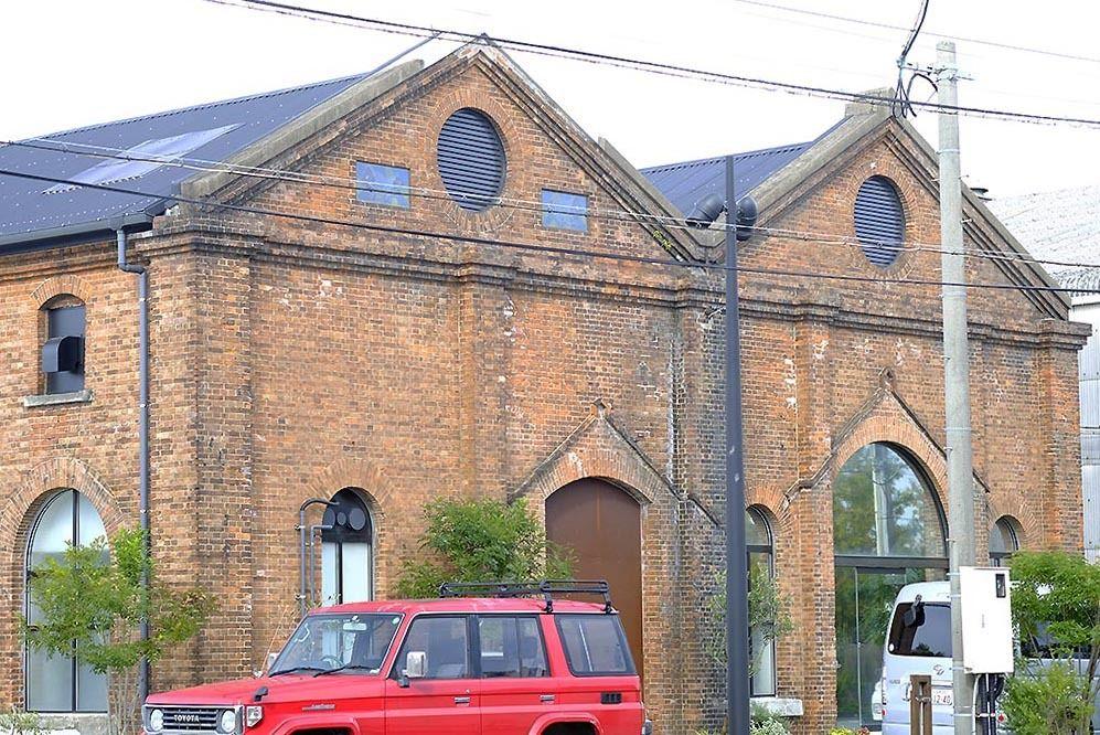 旧三川電鉄変電所 活かし受け継ぐ3つの会社|産業遺産のM&A