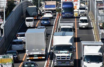 東京都「30年ガソリン車全廃」までにやらなくてはいけないこと