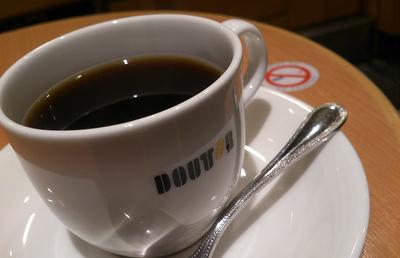 【ドトール・日レス】サードウェーブに対抗する星乃珈琲店。コーヒー戦争を制するのは?