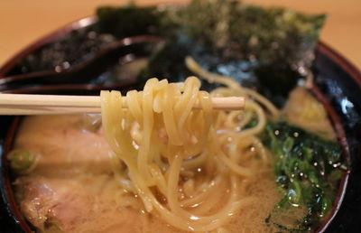 苦境の続く外食産業で「町田商店」「かつや」「モスバーガー」が2ケタ増収を達成