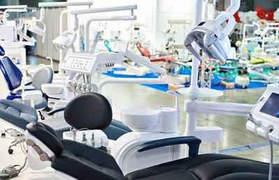 「北海道歯科産業」開業から閉院までトータルに支援|【東証PRO】