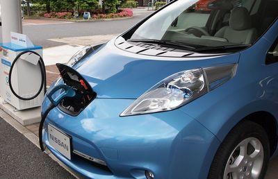 リチウムイオン電池 トヨタとパナソニックの協業で地殻変動が