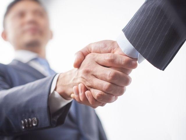 M&A指南 六つの大切なこと(3)事業部門を売買するか、会社を売買するか