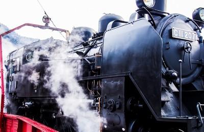SL毎日運行に取り組む関東の雄・東武鉄道|人とものを「運ぶM&A」