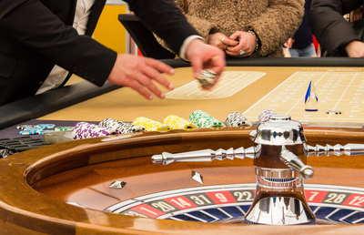 横浜市長選で確実となったカジノ撤退で「IR消滅」リスク高まる