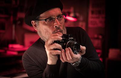 ジョニデが久しぶりにカメレオン俳優の本領を発揮『MINAMATA』