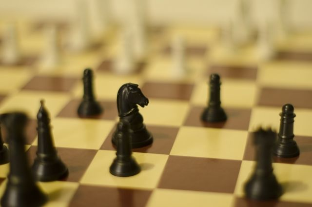 コンサルのプロ・内田和成が選ぶ「戦略的に考える」為に役立つ本